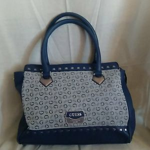 Top zippered leather tote